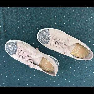 dolce vita Suede Sneaker